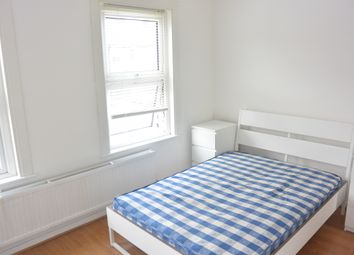 Thumbnail 1 bed flat to rent in Victoria Road, Hendon