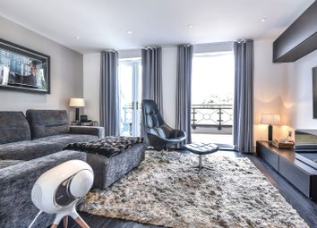 Thumbnail 4 bed property for sale in Gillis Square, Putney