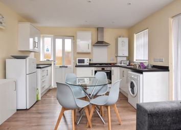 2 bed flat for sale in Pinnocks Way, Botley, Oxford OX2
