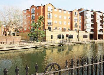 Thumbnail 2 bed flat to rent in Highbridge Wharf, Reading, Berkshire