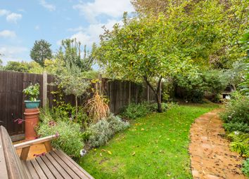 Thumbnail 2 bedroom flat for sale in Hanover Road, London