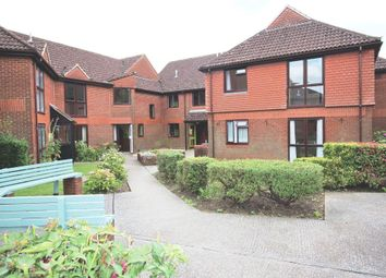 Thumbnail 1 bedroom flat for sale in Meon Gardens, Swanmore