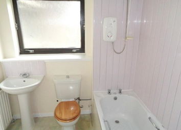 Thumbnail 3 bedroom flat to rent in Alexander Road, Glenrothes