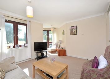 Thumbnail 2 bed flat to rent in Midhurst Way, Hackney Downs