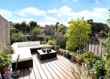 Thumbnail 3 bed flat for sale in Riversdale Road, Highbury