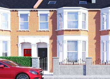 3 bed flat for sale in Ivydale Road, Nunhead, London SE15