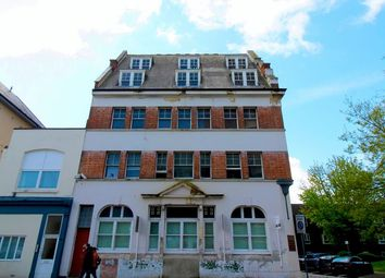 Thumbnail 6 bed flat to rent in Aylward Street, Portsmouth