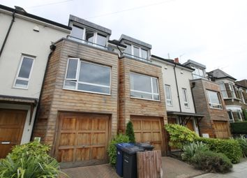 Thumbnail 3 bed town house to rent in Lincoln Road, London