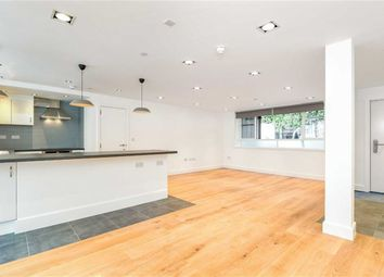Thumbnail 3 bed flat to rent in Hartham Road, Holloway, London