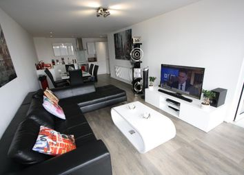 Thumbnail 2 bed flat to rent in Unex Tower Stratford Plaza, 7 Station Street, Stratford, London