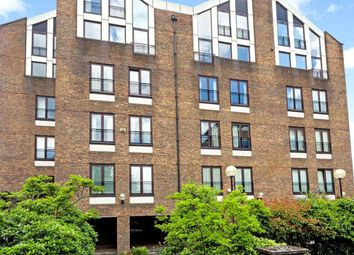 Thumbnail 3 bed flat to rent in Narrow Street, London