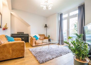 3 bed flat for sale in Fleetwood Avenue, Westcliff-On-Sea, Essex SS0