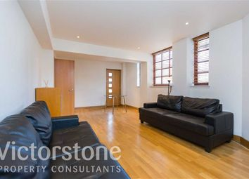 Thumbnail 3 bed flat to rent in Kingsley Mews, Wapping, London