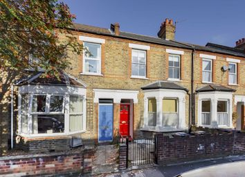 3 bed property to rent in Hessel Road, London W13