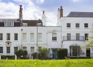 Thumbnail 4 bed terraced house for sale in Hadley Green Road, Monken Hadley