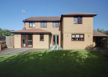 5 bed detached house for sale in Elm Close, Weston Turville, Aylesbury HP22