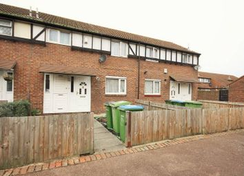 Thumbnail Room to rent in Linnet Close, Thamesmead