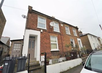 3 bed semi-detached house to rent in New Road, Brentford TW8
