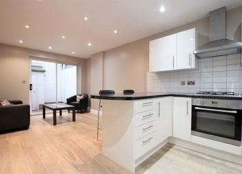 Thumbnail 2 bed flat to rent in Notting Hill Gate, Notting Hill
