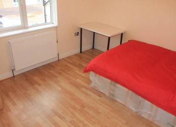 Thumbnail Room to rent in The Roundway, Wood Green, North London