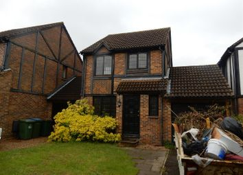 Thumbnail 3 bed property for sale in Kings Chase, East Molesey