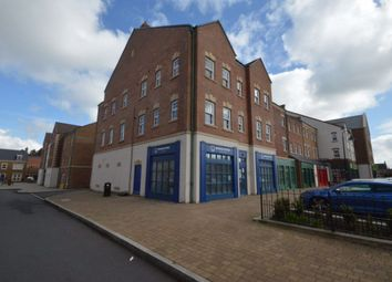 2 bed flat to rent in Staldon Court, Swindon SN1
