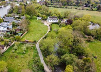 Wheatleys Eyot, Sunbury-On-Thames, Surrey TW16, south east england property