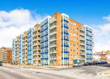 Thumbnail 2 bedroom flat for sale in Channings, Kingsway, Hove