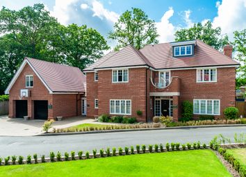 Thumbnail 7 bed detached house to rent in The Spinney, Gerrards Cross