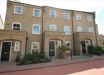 Buckland Terrace, Sherfield Park, Hook, Hants RG27. 4 bed town house