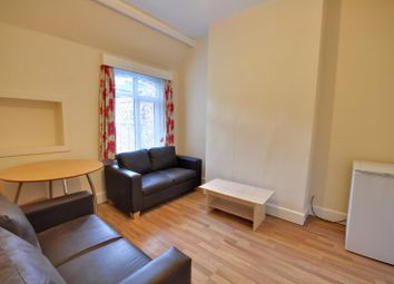 Thumbnail 2 bedroom flat to rent in High Street, Rickmansworth, Hertfordshire