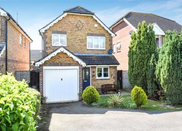 Thumbnail 3 bed detached house for sale in Lyon Oaks, Warfield, Berkshire