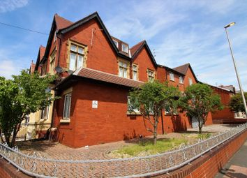 Thumbnail 2 bedroom flat to rent in Park Road, Blackpool