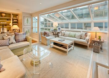 Thumbnail 3 bedroom mews house to rent in Henniker Mews, London