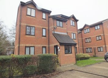 Thumbnail 1 bed flat to rent in Courtlands Close, Watford