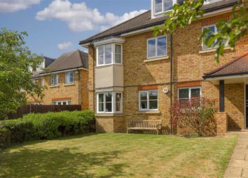 2 bed flat for sale in Eythorne Court, Epsom, Surrey KT17