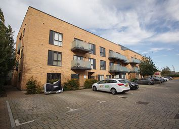 2 bed flat for sale in Brooks Mews, Aylesbury HP19