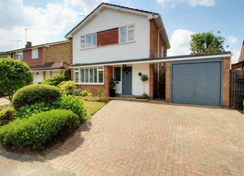 3 bed detached house for sale in Cranmer Close, Potters Bar EN6