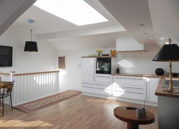 Thumbnail 2 bedroom maisonette to rent in Cross Street, Saffron Walden