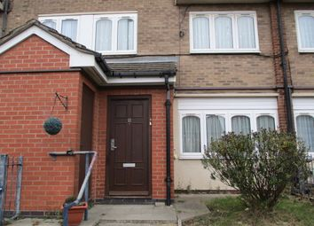 Thumbnail 3 bed maisonette to rent in Unett Street, Hockley