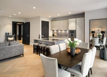 Thumbnail 2 bed flat for sale in Netherhall Gardens, Hampstead, London