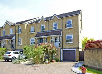 4 bed town house to rent in Lynwood Road, Thames Ditton KT7