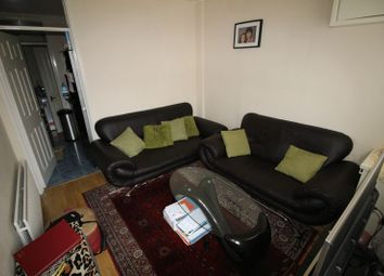 Thumbnail 2 bedroom flat to rent in Crombey Street, Swindon