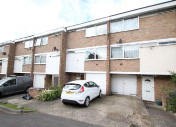 Thumbnail 3 bed town house to rent in Moorholme, Woking