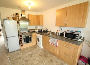 Thumbnail 2 bedroom flat to rent in Romulus Road, Gravesend