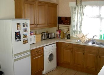 Thumbnail 2 bedroom flat to rent in Kendal Grove, Leeds