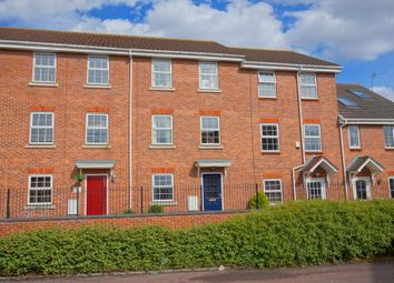 Thumbnail 4 bed town house for sale in Loxley Way, Brough