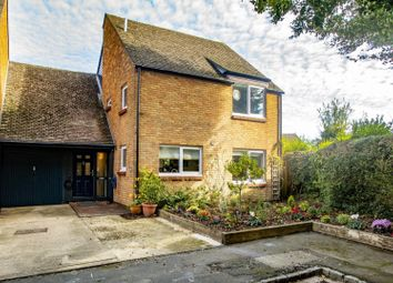 West Chiltern, Woodcote, Reading RG8. 4 bed link-detached house for sale