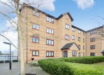 1 bed flat to rent in Ringwood Gardens, London E14
