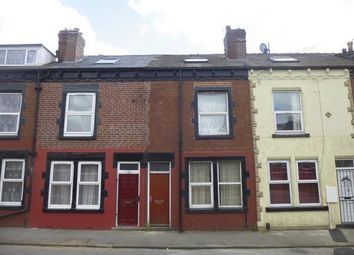 Thumbnail 1 bed flat to rent in Cross Green Avenue, Eastend Park, Leeds